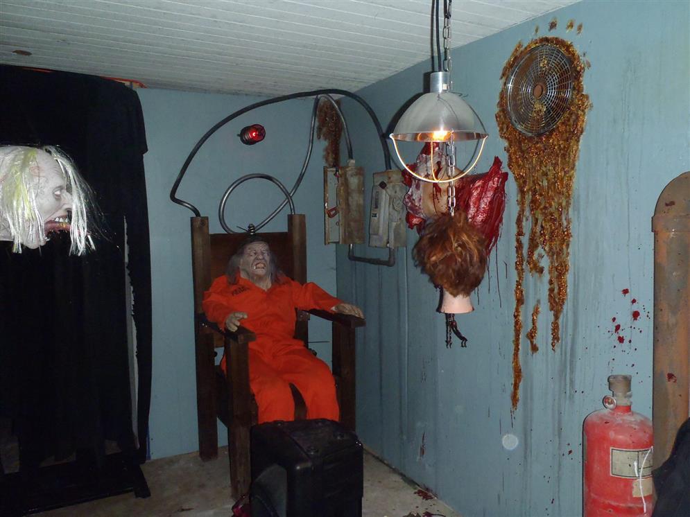 Distorted Dreams Haunt Florida Haunted Houses