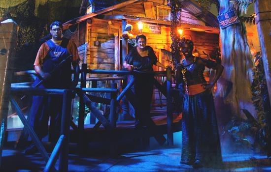 Busch Gardens Tampa Bay Howl O Scream Florida Haunted Houses